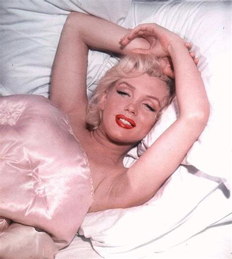 marilyn monroe in bed anatomy of a sex symbol by sheila o malley joan s digest
