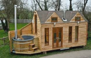 How Much Do Bathtubs Cost Luxury Tiny House On Wheels With A Tub Tiny House For Us