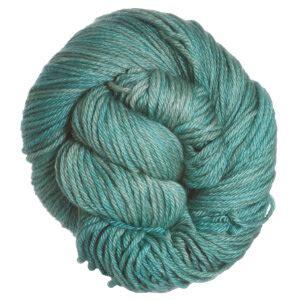 Naura Pashmina Sky Blue madelinetosh pashmina worsted yarn hosta blue detailed