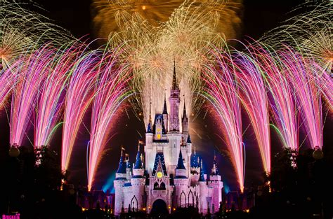 10 of fireworks shows at disney s theme parks the top 10 attractions at walt disney world
