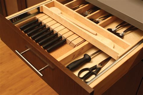 Cardinal Kitchens & Baths   Storage Solutions 101: Cultery