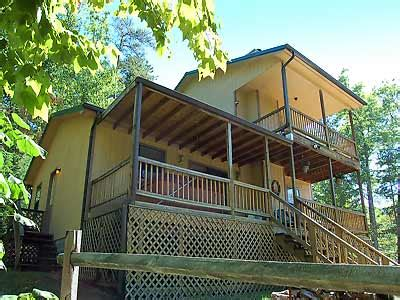 eagles paradise 3br chalet pet friendly cabins in