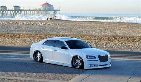 chrysler 300c tires chrysler 300c custom wheels usw 22x9 5 et tire size 255