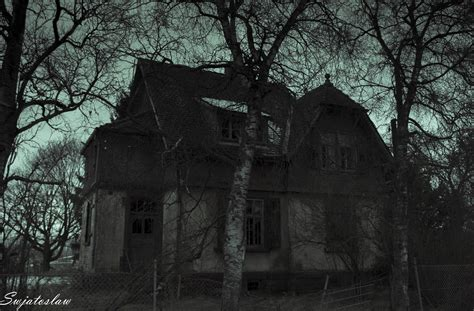 horror house by swjatoslaw on deviantart