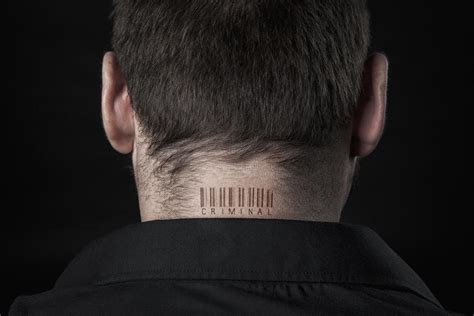 back of neck tattoos pain neck
