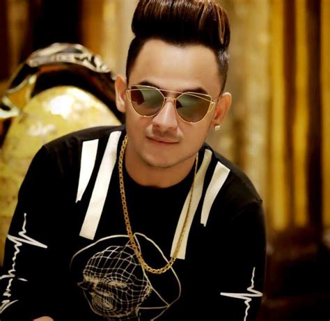 milind gaba ful hd photo millind gaba wiki biography age weight height profile info