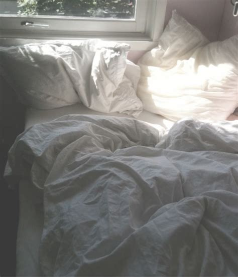 bed sheets bed light photography happy image