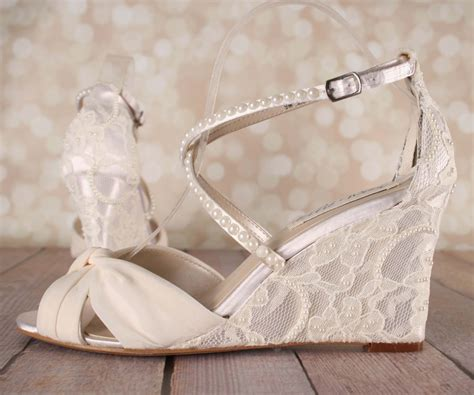 ivory wedding shoes lace wedge wedding shoes lace heel