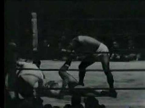 bruno sammartino bench press bruno sammartino vs giant baba 1 youtube