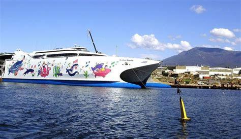 catamaran cruise line reunion maurice la soci 233 t 233 est muette et les agences de voyages n ont pas