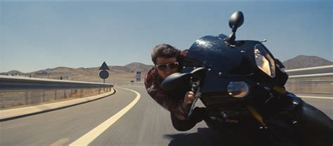 Tom Cruise Puts On A Budget by Tom Cruise S Broken Ankle Puts The Brakes On Mission