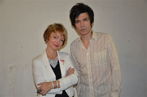Emoov by The Primitives Live At Chinnery S Phoenix Fm