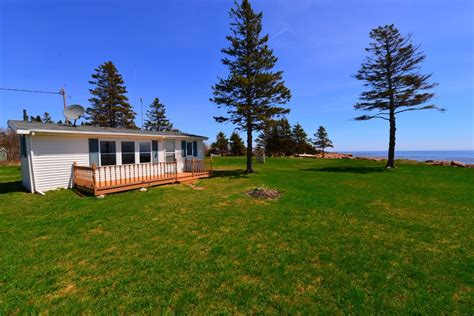 Waterfront Cottage For Sale by Prince Edward Island Real Estate Waterfront Cottage For