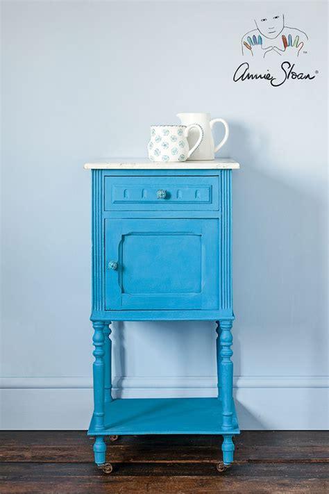 chalk paint gamma 131 best images about i got the blues napoleonic blue