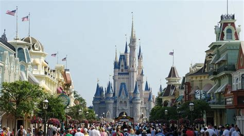 what s new at disney world in 2011 yourfirstvisit net magic kingdom trip report june 2011 with huge