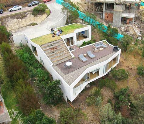 slope house 179 best building on the hillside images on pinterest