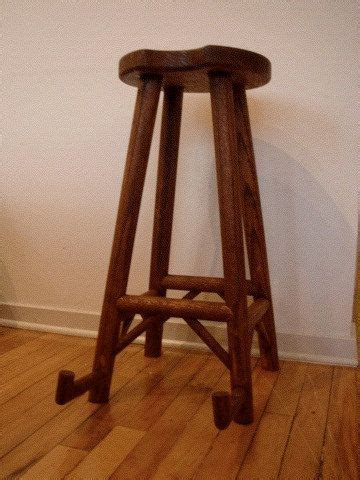 Guitar Stand Stool by 1000 Ideas About Guitar Decorations On Office