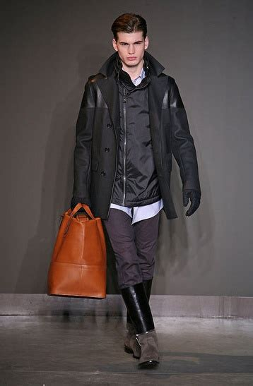 Bros Lv Fashion Im 8 best chapman brothers images on francisco goya and jake and dinos chapman