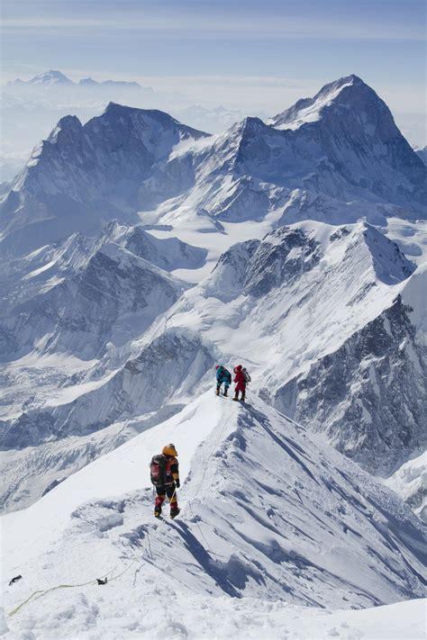 Corniced Mount Everest Climber Warns Of An Overpopulated Mountain