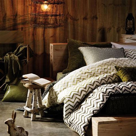 earthy bedroom ideas 17 best ideas about earthy bedroom on pinterest bedrooms