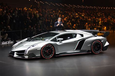 Lamborghini Veneno finally, officially unveiled   Autoblog