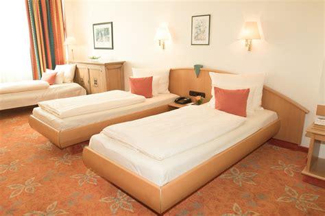 stadt betten standard dreibettzimmer hotel stadt m 252 nchen