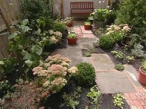 tiny garden small yards big designs diy