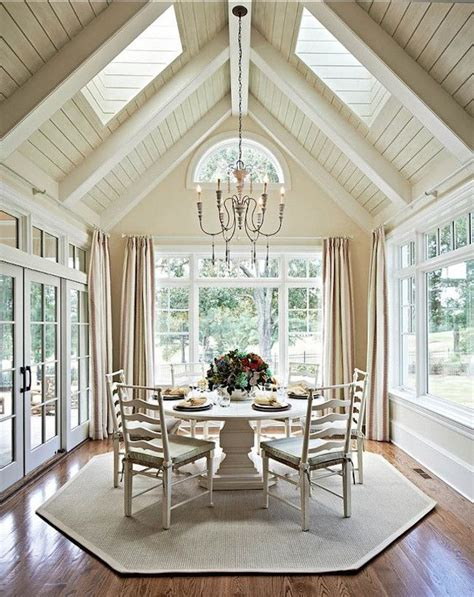 15 Bright Sunrooms That Take Every Advantage Of Natural Light Sunroom Dining Room