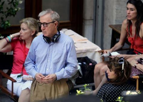 Penelope To In New Woody Allen by Bop Decameron Le Foto Di Penelope E Woody Allen