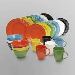 colorful dinnerware sets essential home 16 solid color dinnerware set