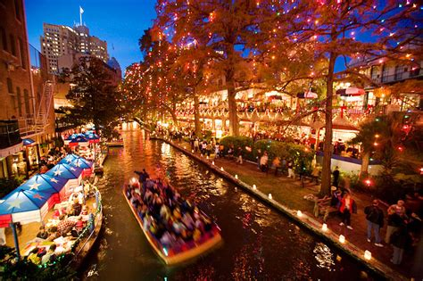 Charming Church Festivals In San Antonio #1: Christmas-on-the-Riverwalk-San-Antonio-Texas-USA.jpg