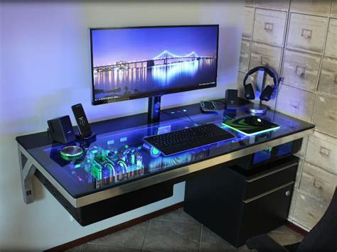 Custom Gaming Computer Desk 25 Best Ideas About Cool Computer Desks On Pc Setup Gaming Desk And Computer Setup