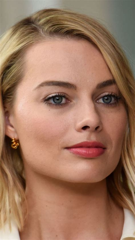 margot robbie headshot 9451 best celebrities images on pinterest actresses