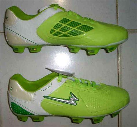 Sepatu Bola Yang Murah toko jual sepatu bola original murah hijau