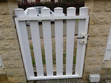 comment monter un portail 4898 projet r 233 alisation d un portail m 233 tal pvc