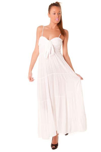 Robe Longue Et Blanche - robe robe longue blanche fluide et l 233 g 232 re vetements