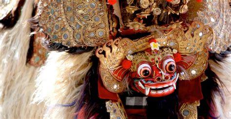 tato barong bali di punggung tari barong ubud jadwal pertunjukan kesenian barong bali