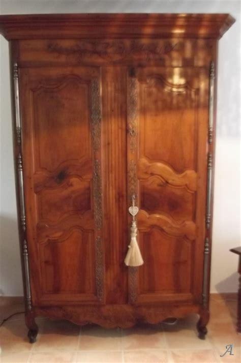 armoire provencale armoire provencale des alpilles artisans du patrimoine