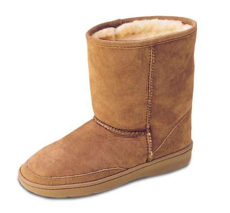 pugs boots s sheepskin pug boot