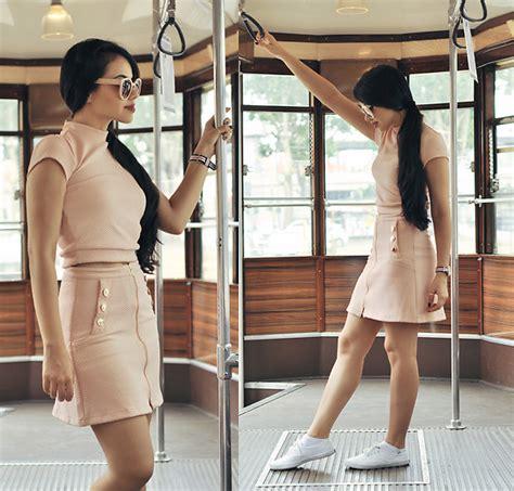 Sasa 10 Longcoat ariadna majewska pink coat crop top denim coat lookbook