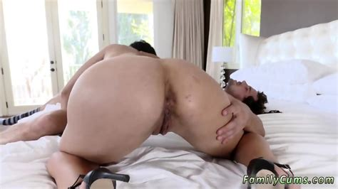 Blowjob After Cum And French Milf Ass Fuck Stepmom Soothes