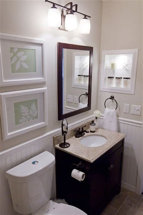 Small Guest Bathroom Decorating Ideas | black cream white small bathroom decorating sles i