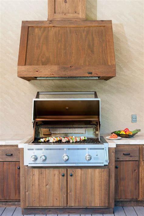 cuisine exterieure en cuisine ext 233 rieure en bois d 233 chafaudage meubles de
