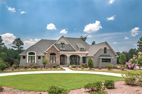 large one story homes craftsman style house plan 4 beds 4 baths 3048 sq ft