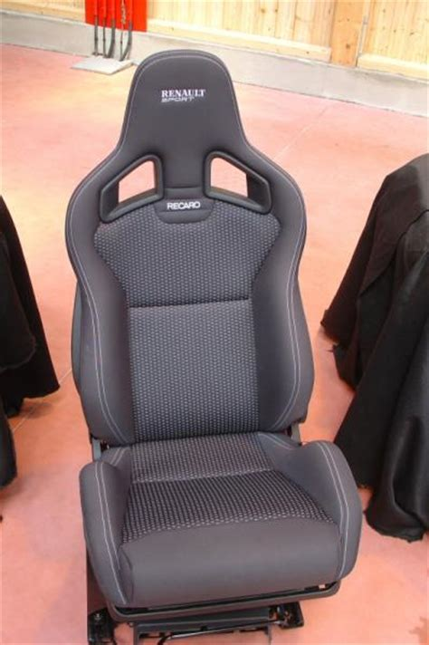 siege clio 2 rs si 232 ges bacquets recaro topic unique clio clio rs