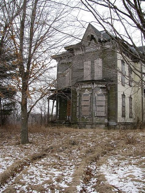 best abandoned places 565 best abandoned places images on pinterest abandoned