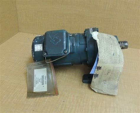 gearbox induction motor new sumitomo sm cyclo gear induction motor hm3095 1 2 hp 70 rpm ratio 25 industrial