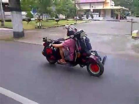 Modifikasi Vespa Paling Unik by Sepeda Motor Unik Bmx Doovi