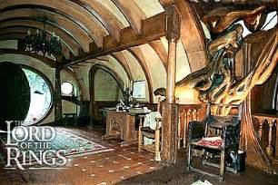 dining room middle earth decor