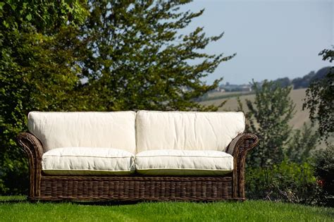 divani in midollino per interni divano 2 posti in rattan etnico outlet mobili etnici